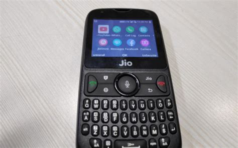 jio phone 2 adding these 5 apps will make this 4g feature phone nothing less than a smartphone