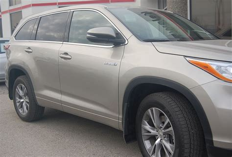 Best Gas Mileage Suv With 3rd Row Seating by Toyota Highlander One Of The Best Suv With 3rd Row