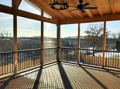 how much does a chicagoland screened porch cost