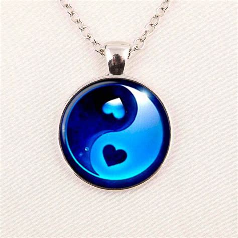 wholesale glass cabochon dome jewelry yin  necklace
