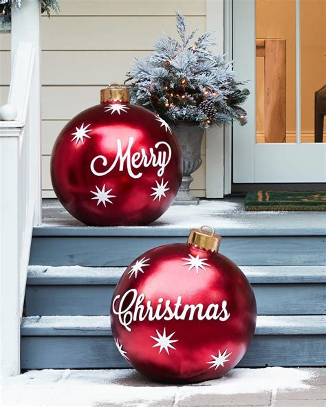 oversized outdoor decorations 15 magical outdoor decorations balsamhill 3907