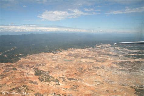 aerial view  open pit    amazon rainforest
