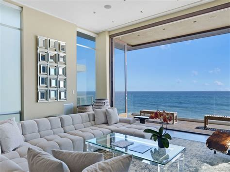 Malibu Modern Beachhouse   Rooftop Deck   O    VRBO