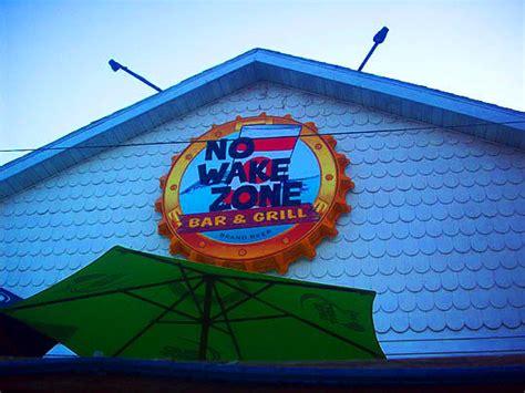 Peoria Hot Dog Wars: No Wake Zone Versus The Hofbrau House ...