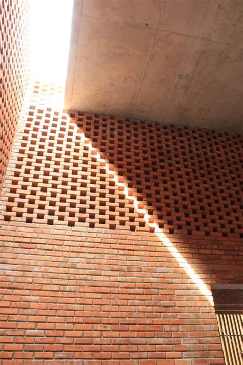 creative brick house controls  interior climate