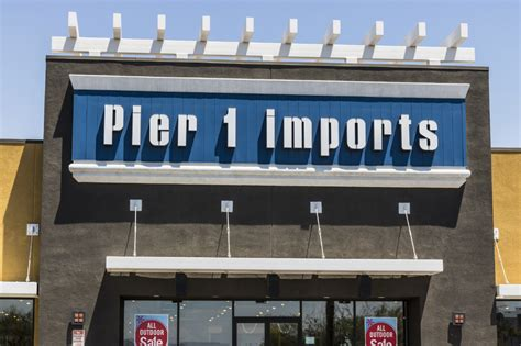 Pier 1 Imports Plummets Amid Weak Sales, Slow Start To