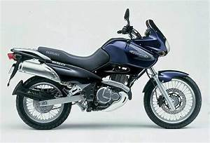 Suzuki Freewind 650 : suzuki xf 650 freewind specs 1997 1998 1999 2000 2001 2002 2003 2004 2005 autoevolution ~ Dode.kayakingforconservation.com Idées de Décoration