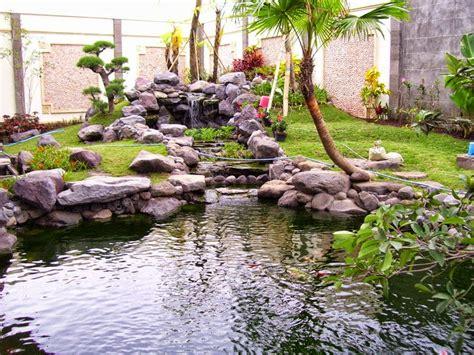 kumpulan gambar desain kolam minimalis aspal putih