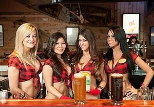Twin Peaks Opens First Las Vegas Restaurant Location