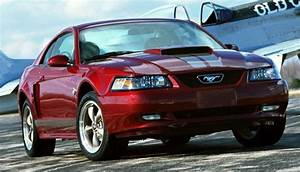 2004 Ford Mustang Specifications