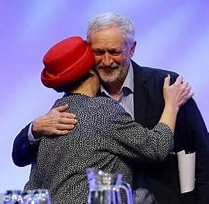 Jeremy Corbyn raises a laugh as he addresses teaching ...