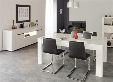 cuisine classique blanche table de salle à manger laquée bercy