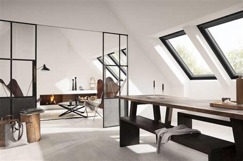 Schwingfenster In Schwarz by Schwingfenster In Schwarz Geneigtes Dach News Produkte