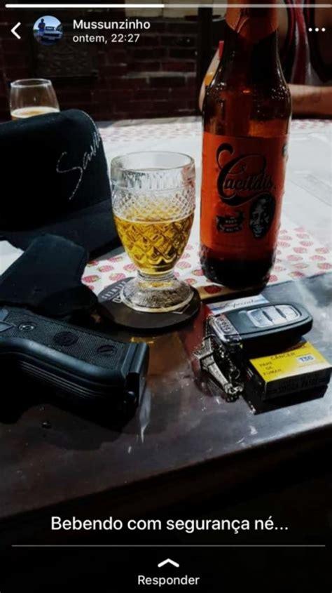 Ator Mussunzinho choca ao publicar fotos de armas na internet