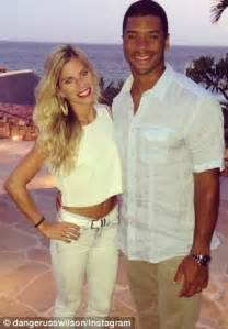 super bowl winning quarterback russell wilson divorces