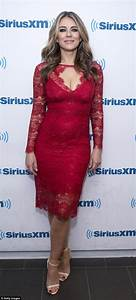 Elizabeth Hurley flashes cleavage in lace dress at ...
