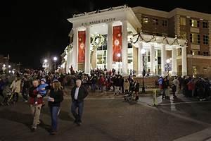 Record 14,000 Attend HPU's Community Christmas   High ...