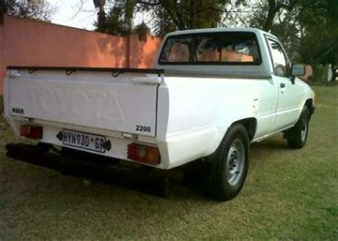 toyota hilux 2 2 4y hips other toyota junk mail classifieds 38406083