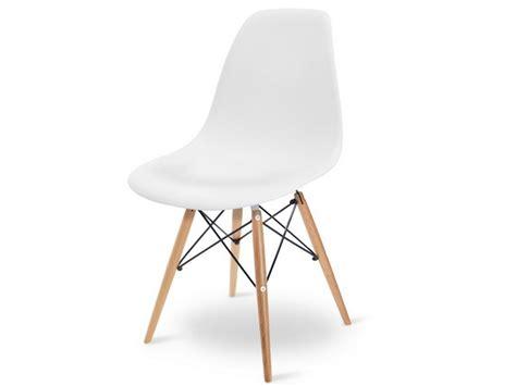 chaise de designer celebre secrets d une chaise aussi célèbre que la chaise eames dsw