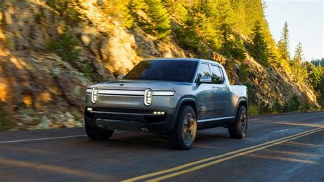Rivian R1t Aims To Be First Massproduced, Offroad