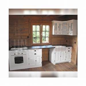 Plan De Travail En Zinc : cuisine sur mesure blanche avec timbre d 39 office pin zinc d 39 art ~ Teatrodelosmanantiales.com Idées de Décoration