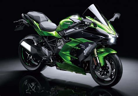 black 5 gallon supercharged kawasaki h2 sx with 200hp on tap