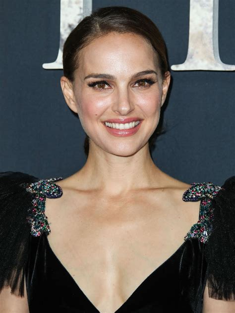 Natalie Portman Reflects The Time Movement