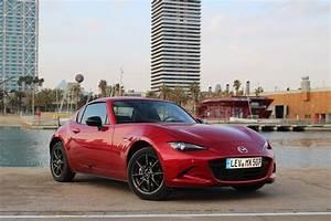 Mazda Mx 5 Rf Occasion : essai vid o mazda mx 5 rf 2017 toit moi ~ Medecine-chirurgie-esthetiques.com Avis de Voitures