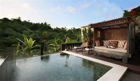 5 Rekomendasi Resort Dengan Pemandangan Memukau Di Puncak