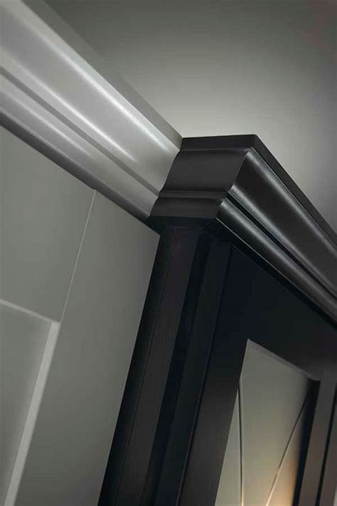 kitchen cabinets crown moulding crown moulding kemper cabinetry 5992