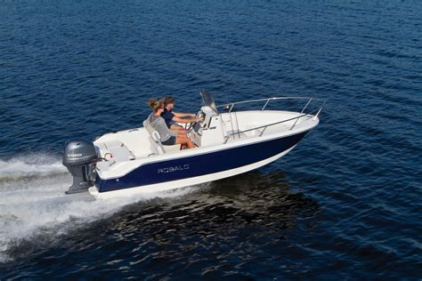 Robalo Boat Images by After Market Ladder The Hull Boating And Fishing