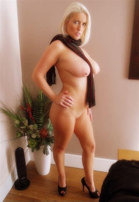 4.jpg in gallery Sexy British Blonde MILF (Picture 3) uploaded by sexygirlfinder on ImageFap.com