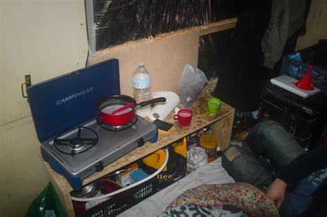 cuisine pour cing car meuble de cuisine pour fourgon poimobile fourgon aménagé