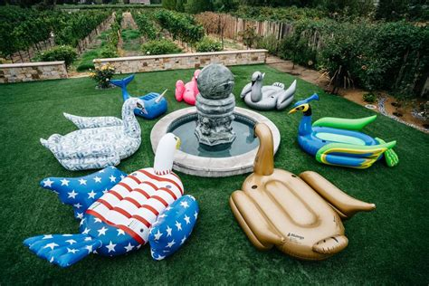 Arranging Giant Inflatable Pool Floats