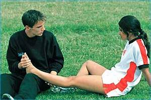 rediff.com, Movies: Bend it Like Beckham breaks the rules ...