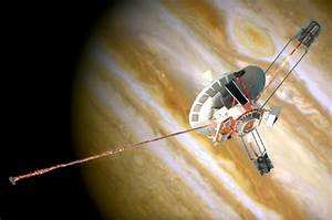 Pioneer 10 Spacecraft - Pics about space