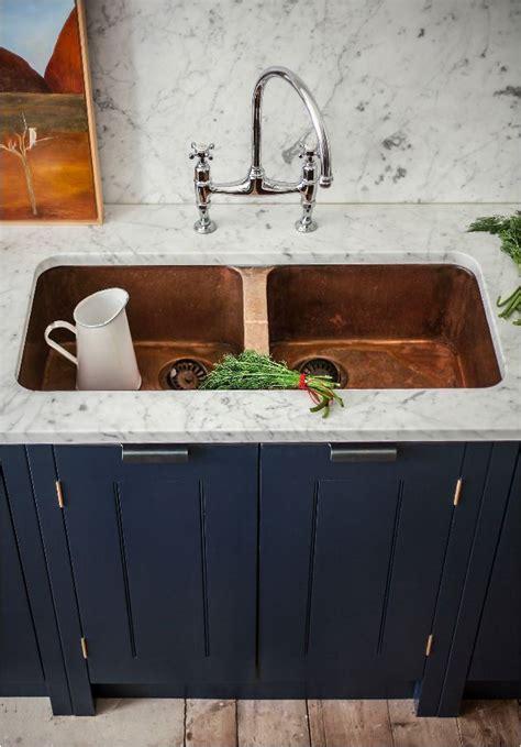 Spotlight: The Kitchen Sink   Centsational Style