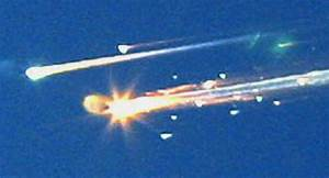 Columbia disaster: shuttle disintegrates in reentry in ...