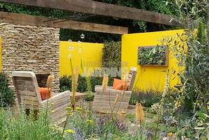 decoration pour mur exterieur de jardin plaque de gazon With deco mur exterieur maison 9 mur vegetal interieur en 80 idees pour la maison ecologique