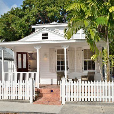 1000+ Ideas About Beach House Names On Pinterest House