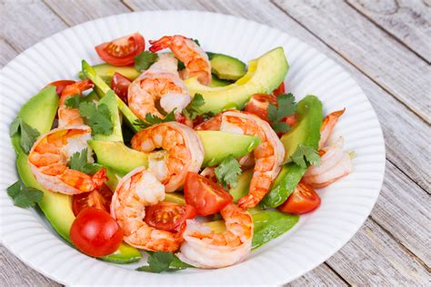 recette de cuisine avec des crevettes recette salade d 39 avocats aux crevettes chrétiens lifestyle