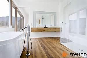 Holz Im Badezimmer : freund gmbh ~ Lizthompson.info Haus und Dekorationen