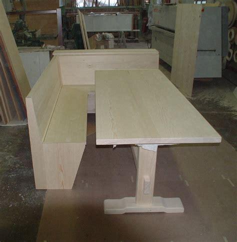 cassapanca con tavolo tavolo con cassapanca