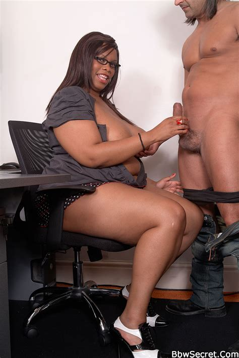 Plumper Secretary Sex Pictures Bbw Sex And Porn Blog For Chubby Lovers
