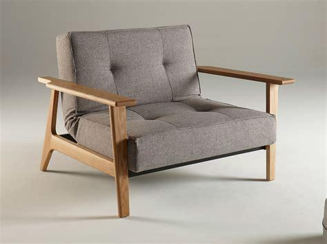 housse de canapé avec accoudoir en bois fauteuil convertible en tissu avec pieds et accoudoirs en
