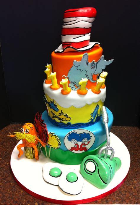 dr seuss cake dr seuss birthday cake cakecentral