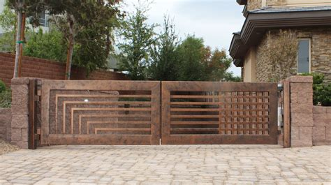 Modernes Haus Zaun by Wrought Iron Driveway Gates Designs Design Valiet Org