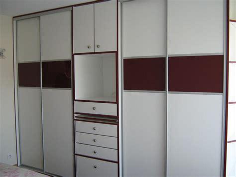 les placards de chambre a coucher cuisine modeles de placards de cuisone en aluminium les