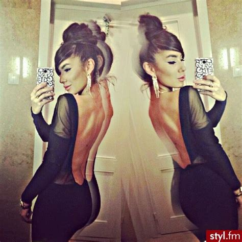 Best Images About Sexy Selfies On Pinterest Her Hair Sexy Black Dress And Red Lips