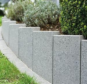 Beton Im Garten : stelen aus beton betonstelen von schwab betonstein ~ Markanthonyermac.com Haus und Dekorationen
